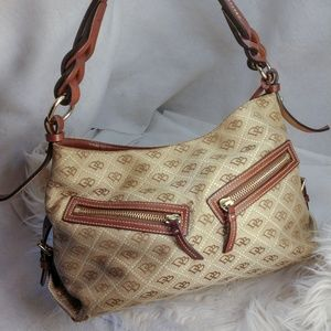 Authentic tan Dooney & Bourke purse handbag